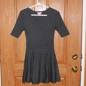 Candie's Knit  grey dress size XS